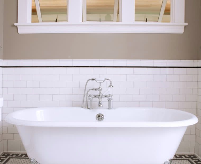 Cleaning Bathroom Grout Can Be One Of The Toughest Areas To Clean, But With  This Quirky Cleaning Hack, Weu0027ll Get That Grout Looking Like New In No Time.